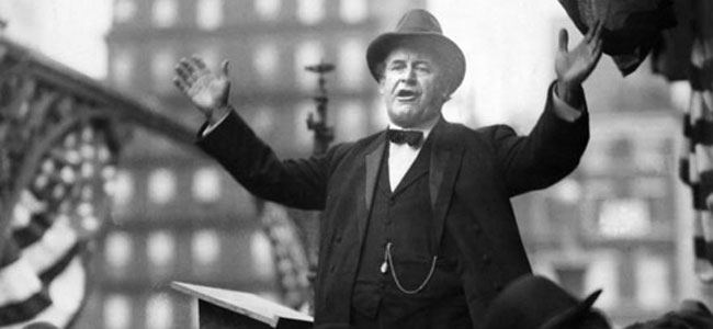 WIlliam Jennings Bryan delivering the 'Cross of Gold' Speech. Image Source = radiodiaries.org