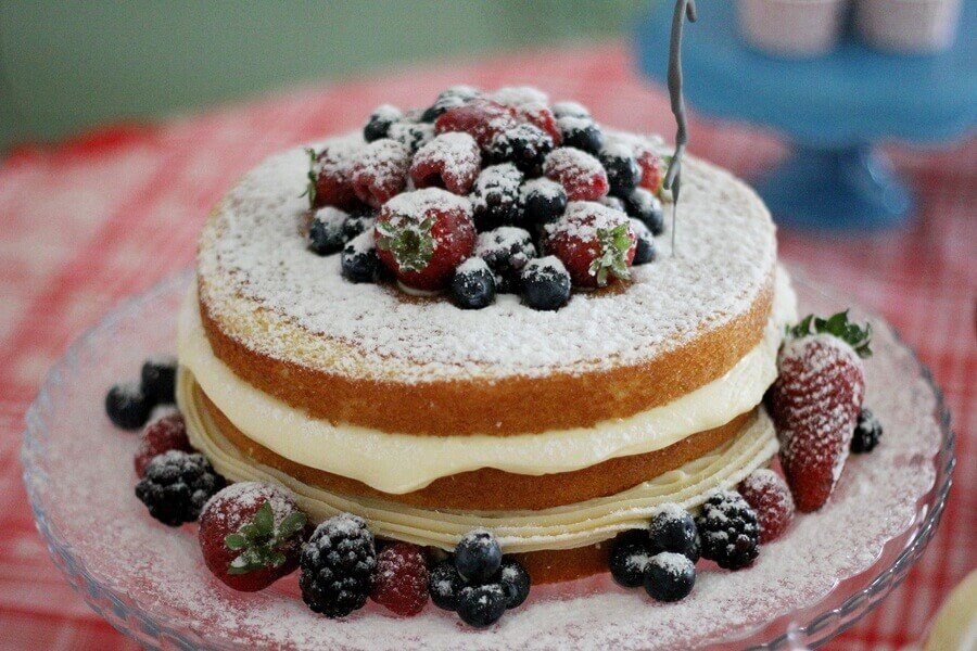 A fruity cake ready for eating.